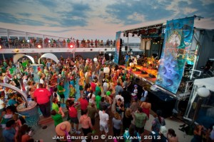 Float your Boat; JBO Reviews Jam Cruise 10