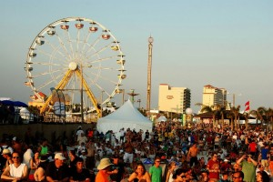 Jammin' at the Hangout; JBO Reviews yet Another Sold Out Hangout Music Festival